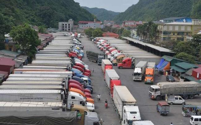 Trung Quốc lại siết cửa khẩu, tạm dừng đưa nông sản lên biên giới
